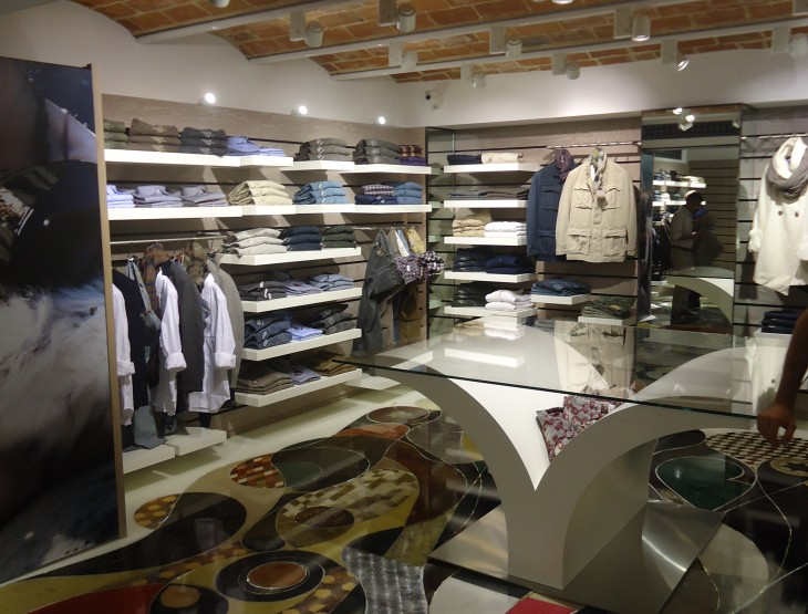 """FLAGSHIP STORE """"9.2 by CARLO CHIONNA"""""""